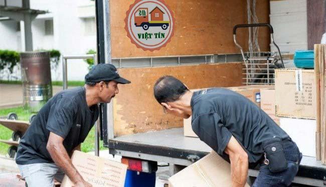 Dich vụ chuyển nhà Việt Tín luôn tiếp nhận yêu cầu của quý khách 24h