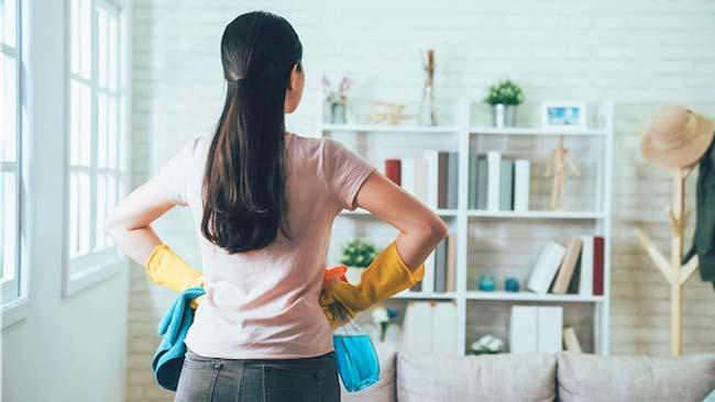 Phân loại và sàng lọc các vật dụng, đồ đạc trong nhà